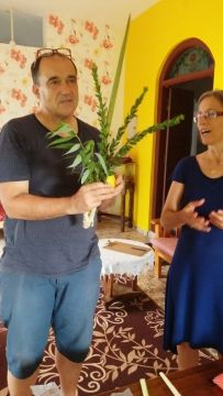 Rachel and Zvi with lulav