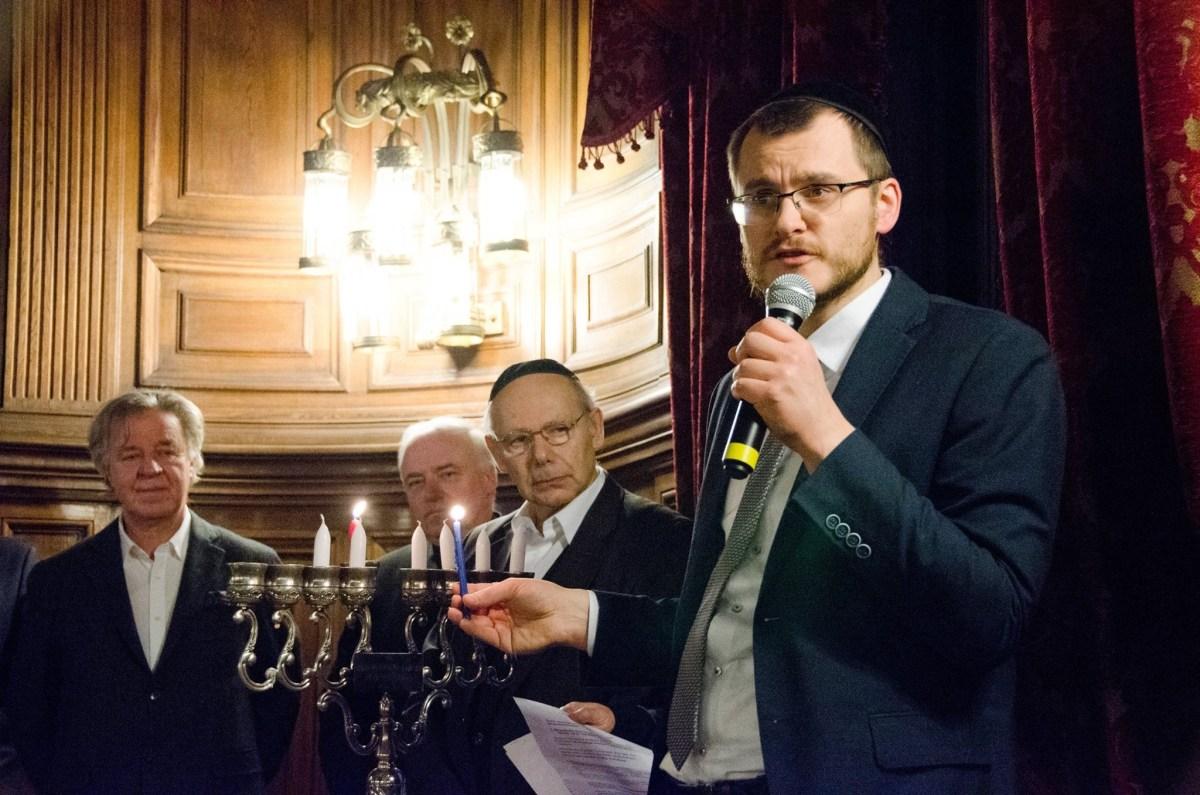 Społeczności Shavei Israel świętują chanukę na całym świecie – edycja 2017