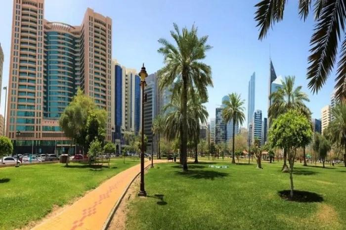 ABU DHABI SURROUNDINGS