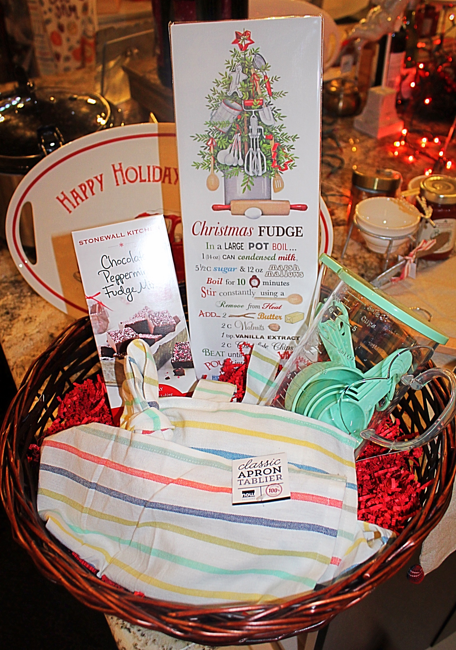 Give the u201cfoodieu201d lovers in your life what they really want for Christmas u2013 a custom gourmet basket from The Stock Market! By Chelsea Gilling & Holiday Gift Baskets: Weu0027ve Got You Covered u2013 Shawano Stock Market