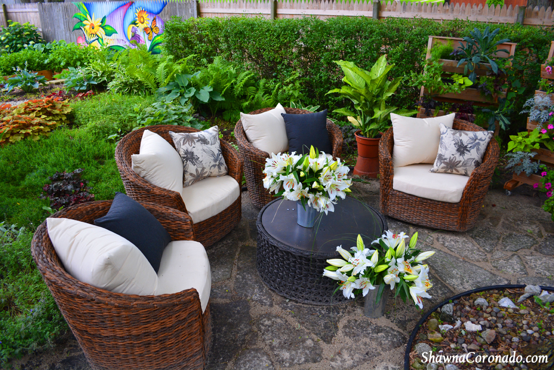 Backyard Garden Room Makeover - Before and After - Shawna ... on Backyard Patio Makeover id=32668