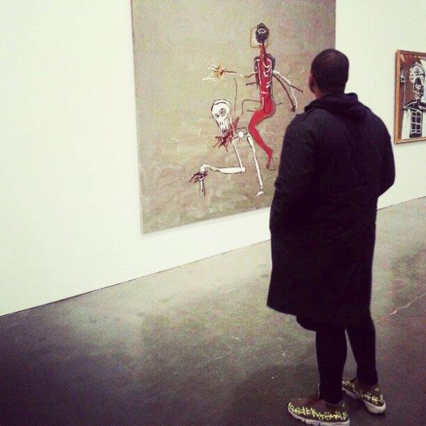gagosian gallery basquiat exhibition crowd person