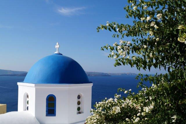 Stunning Santorini Greece - Blue dome in Oia