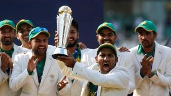 pakistan-celebrate-winning-the-icc-champions-trophy_ca8296b2-5599-11e7-9dcc-cc63e7fed987