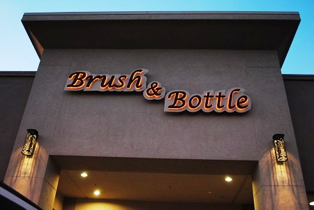 Brush N Bottle 092