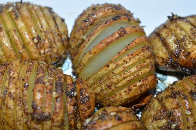Za'atar hassleback potatoes