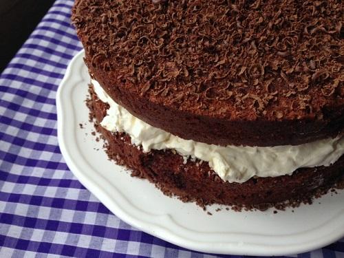 Best chocolate recipes roundup / Chocolate Week 2017 / SHE-EATS / Food Mela bounty cake