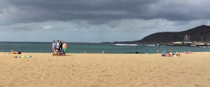 the long sandy beach of Las Palmas, the Playa de las Canteras, here with some soccer fans