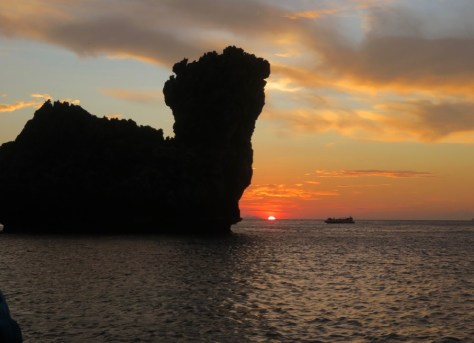 Sunset in Nui Bay