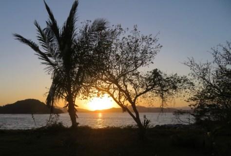 Sonnenaufgang in der Rebak Marina