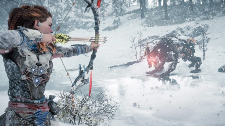 Aloy shooting arrows at a machine