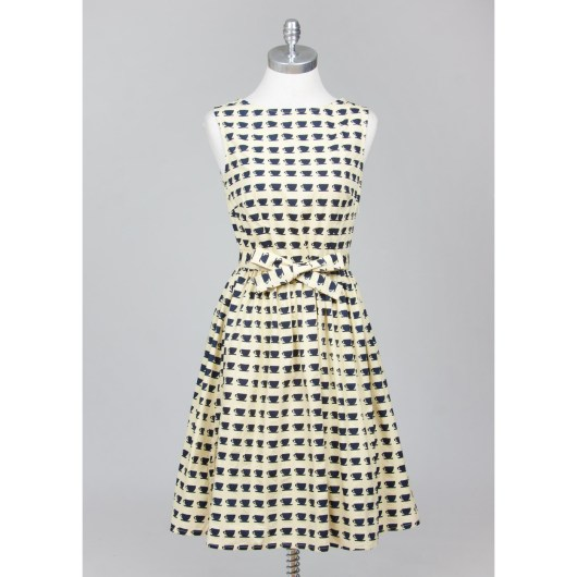 She and Hem | Double Thumbs Dresses #85 | The Brigitte Coffee Dress €65 from Circus