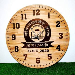 Beautiful Wood Clock With Picture