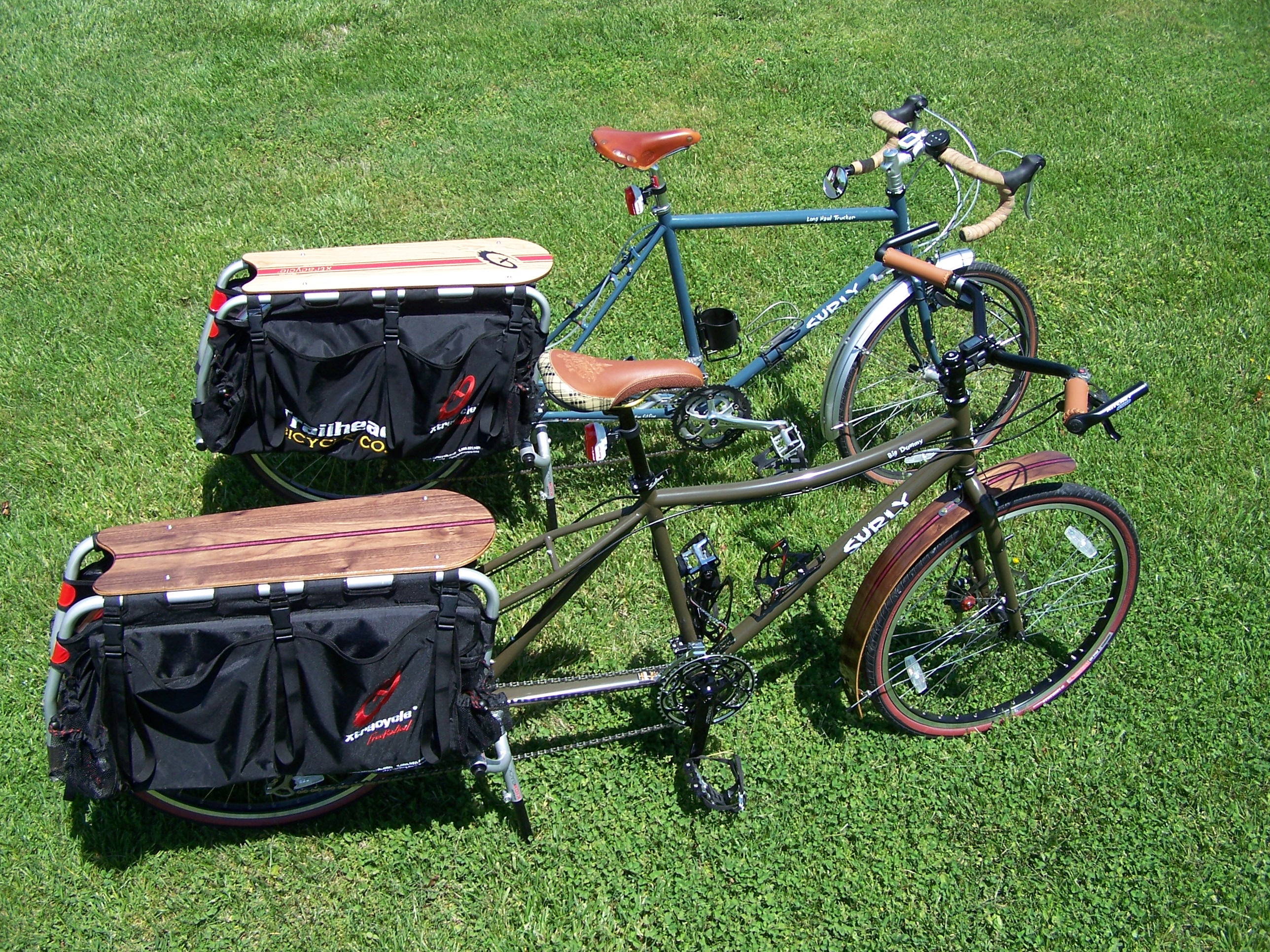 ... the only thing more fun than an Xtracycle: two Xtracycles!