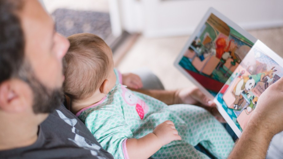pregnancy books to read with sibling