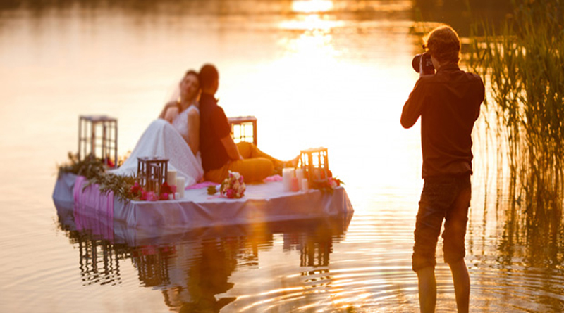 6 Essentials Every Wedding Photographer Needs in Their Camera Bag