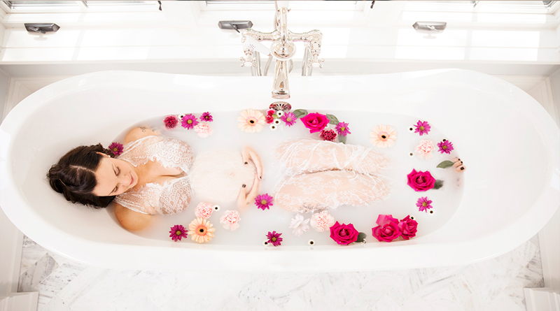 How to Make the Perfect Milk Bath