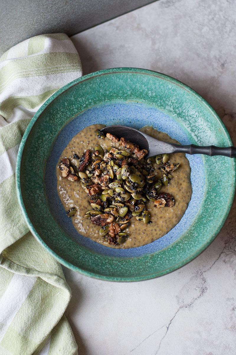 Pumpkin Pie Chia Porridge with Maple Rosemary Crunch | SheenaScott.com