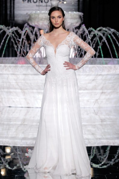 PRONOVIAS-FASHION-SHOW_-Rosana