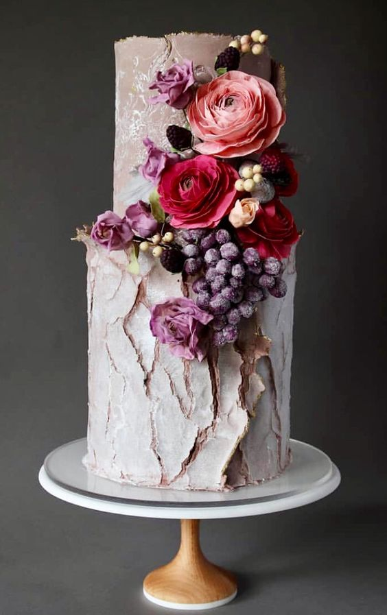 This cake trend is going to rule in 2019   Sheer Ever After   Your Online Maid of Honor