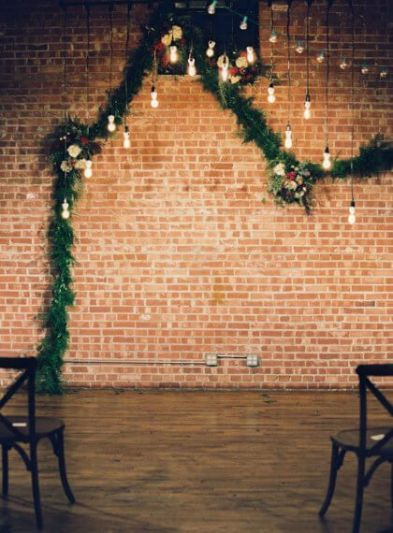 http://www.thebridesofoklahoma.com/wedding-inspiration/alyssa-hand-and-connor-shavers-industrial-oklahoma-wedding-by-gibson-events/