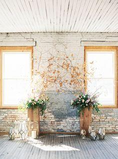 https://www.brides.com/gallery/fall-wedding-decor-ideas