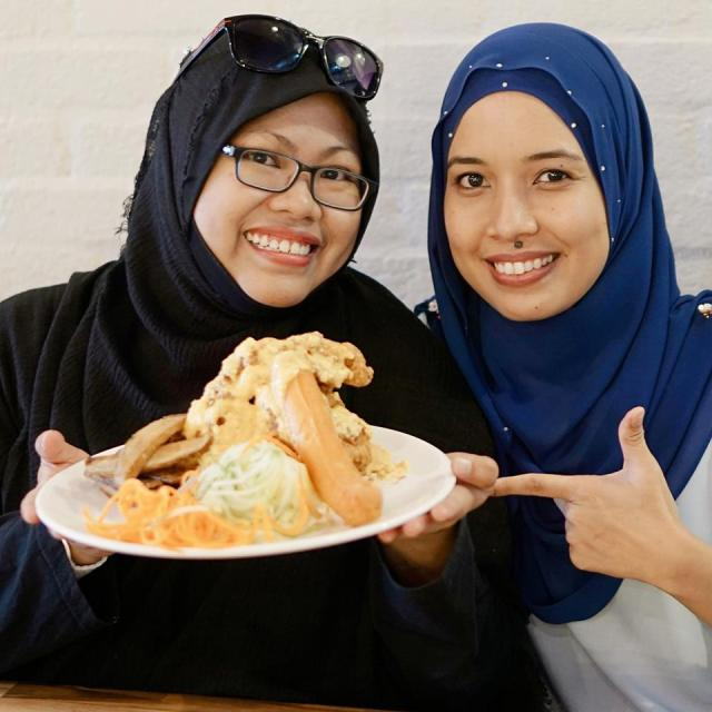 EXPERIENCE GOOD FOOD AT WHIP AND WHISK CAFE, ALAM DAMAI (6)
