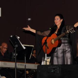 """Concierto """"Soy Mujer"""" de Alicia Baroni"""