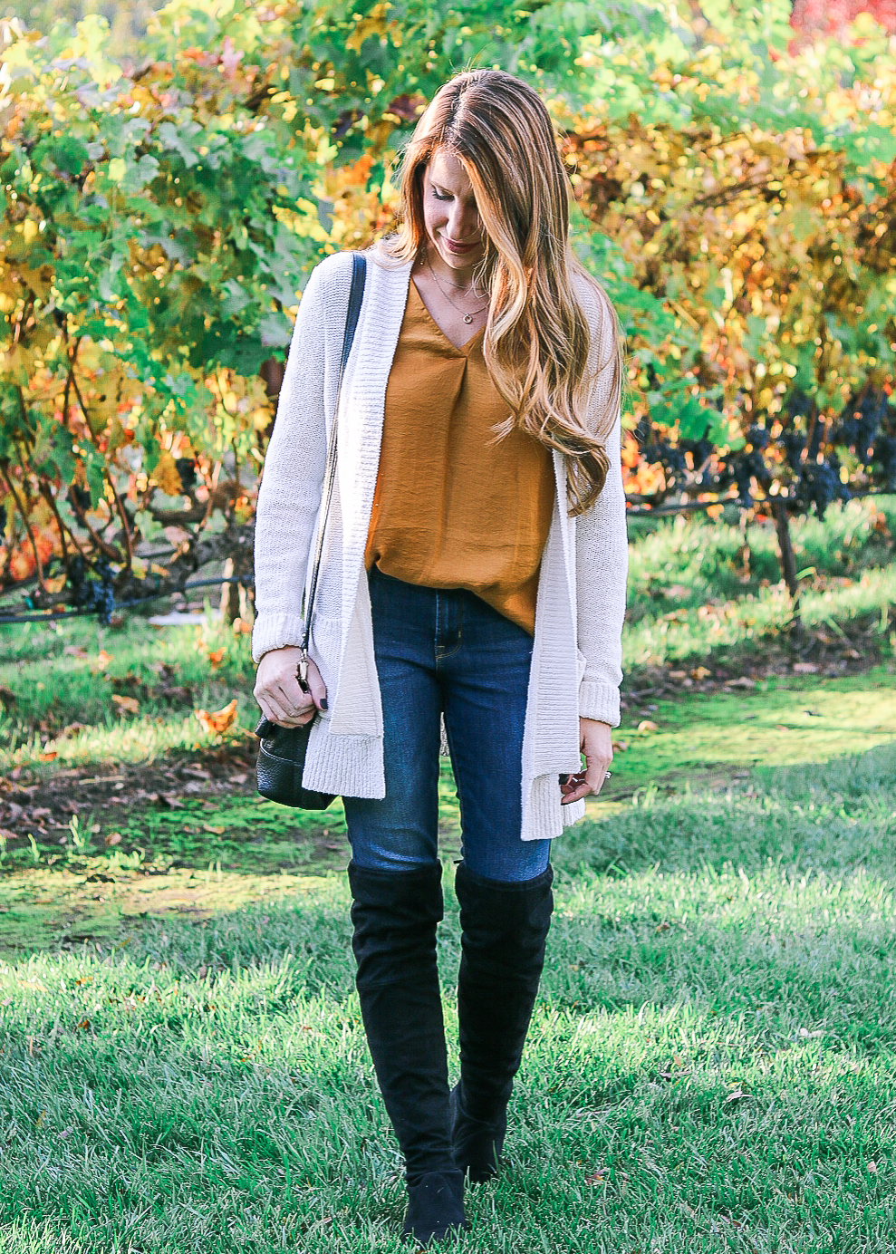 Color Combo I Love: Mustard, Cream, & Black