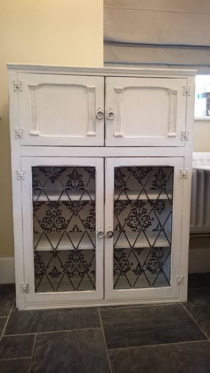 White Vintage Display Cabinet, £175