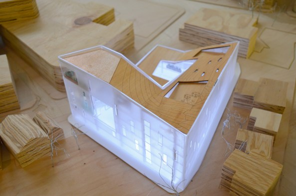 ISUA_Model View of Roof