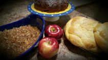 Apple crisp, apple cake, and challah for a sweet New Year!