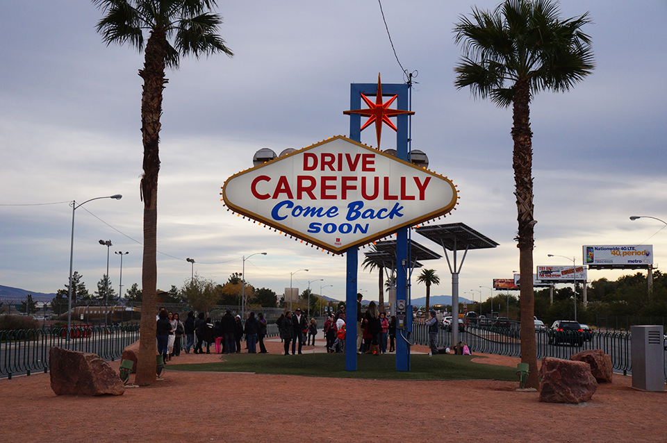 """The back of the """"Welcome to Las Vegas"""" sign."""