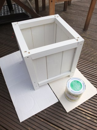 DIY Wooden Planter by Shelley Makes (32)