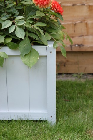 DIY Wooden Planter by Shelley Makes (57)