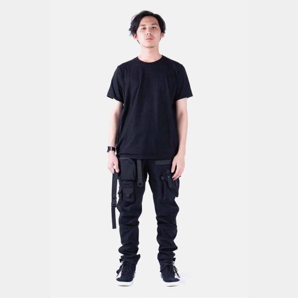 Techwear-W001-P-SCOUTER-Tech-Pants-Styling-2.jpg