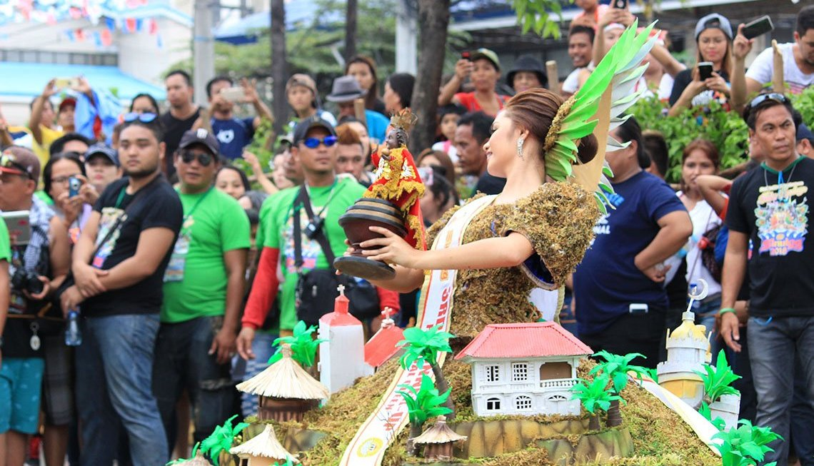 9 Useful Tips in Visiting Sinulog in Cebu Philippines