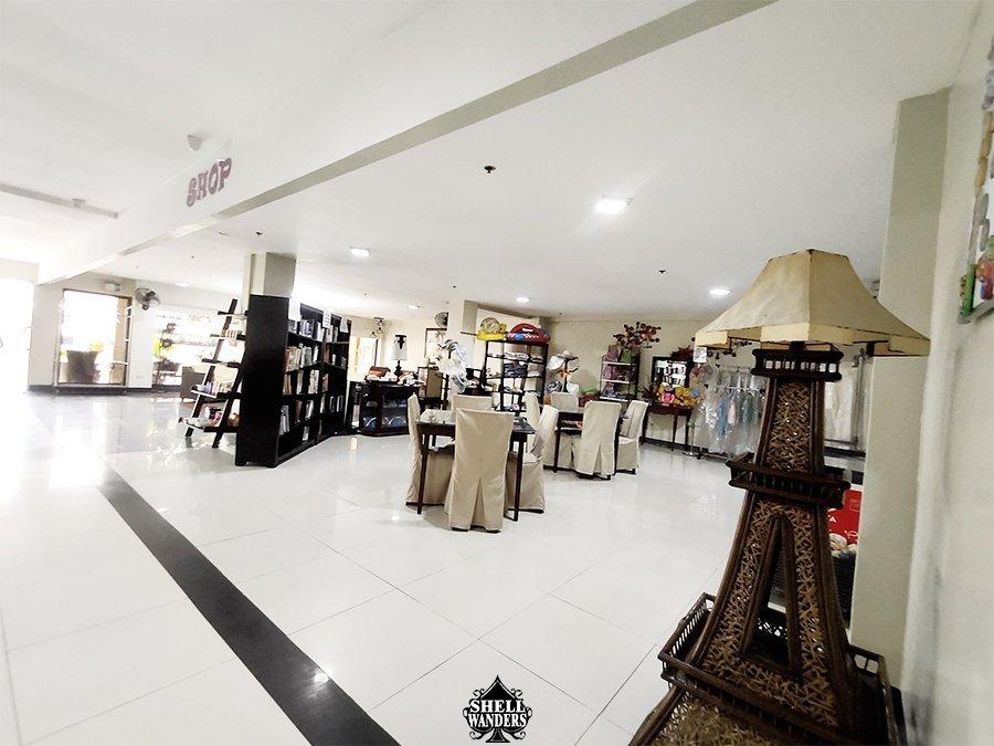 gift shop palmbeach resort & Spa