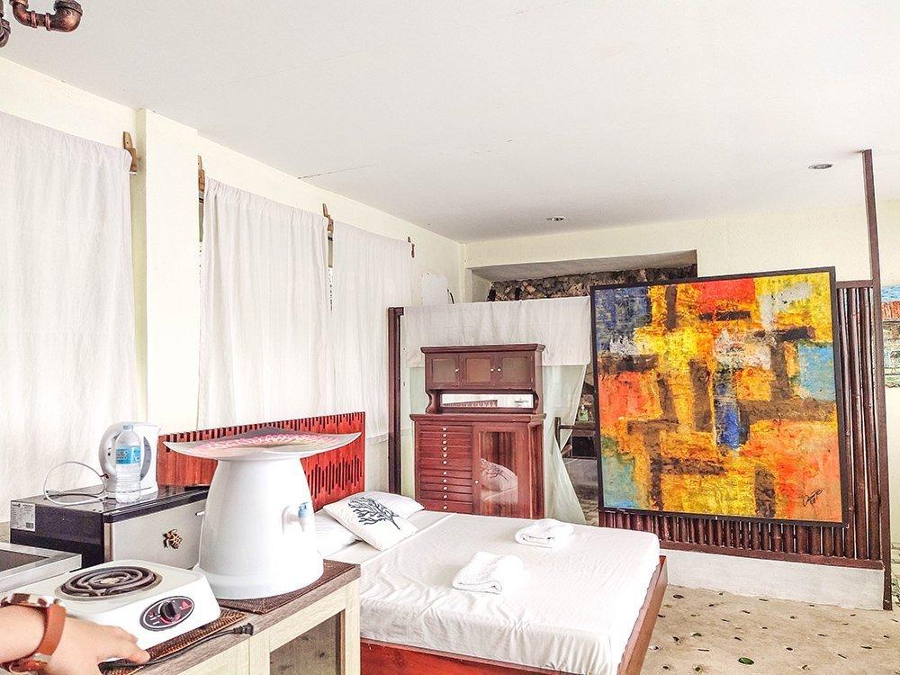 Bunzie's Cove Seaview Room