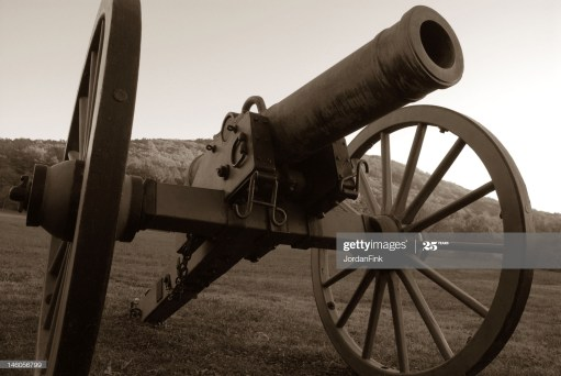 Photograph of a civil war cannon in black and white.