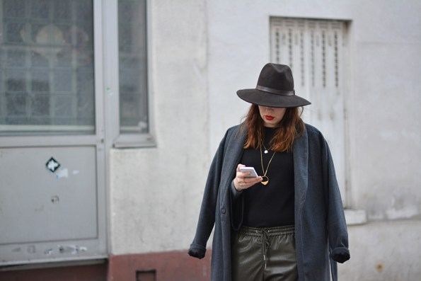 baggy-cuir-2017-tendance-outfit-streetstyle