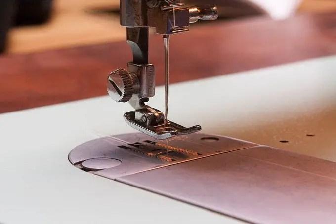 sewing-machine-needle-adjustment