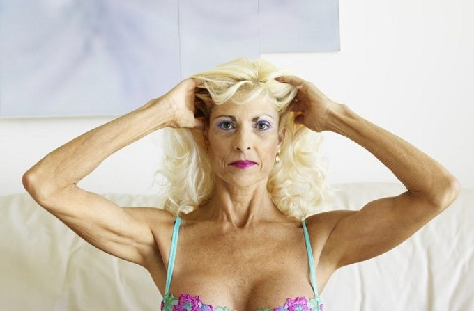 front-closure-bras-for-seniors (1)