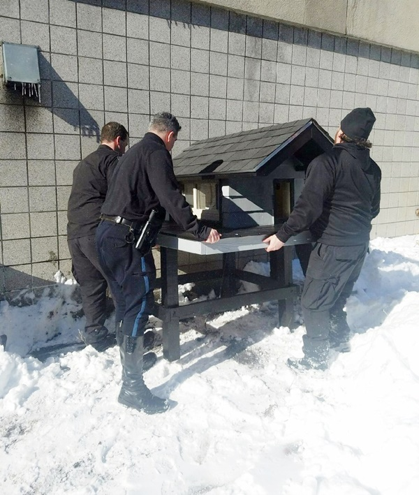 Boston Police Department SWAT Team Builds Cat Mascot a Spacious New 'Condo'