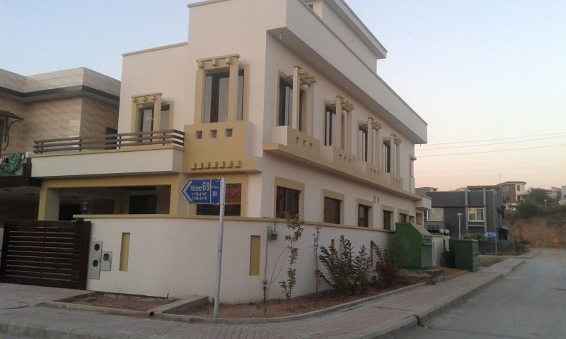 "House in Bahria Town ISLAMABAD Available for ""Rent"""