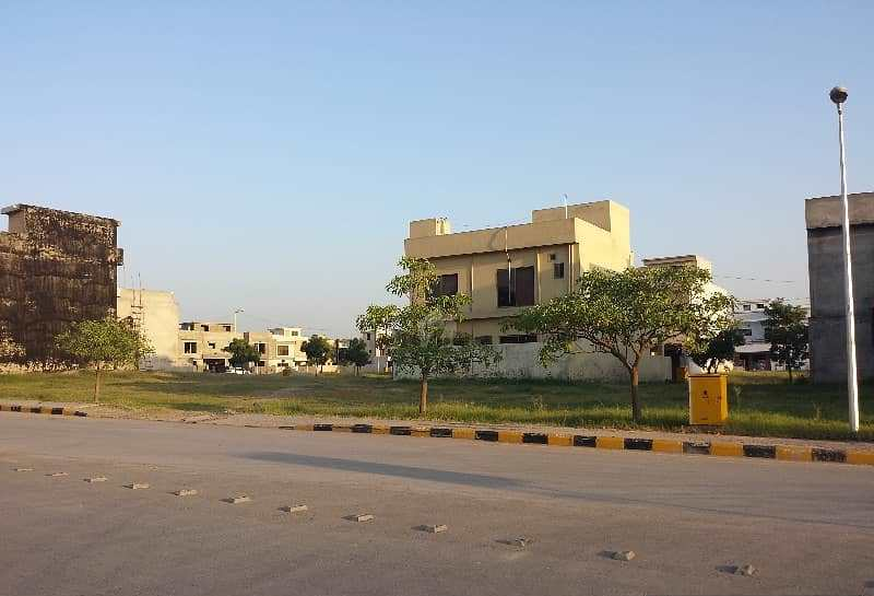 "Plot Available for ""Sale"" in Bahria Town ISLAMABAD"