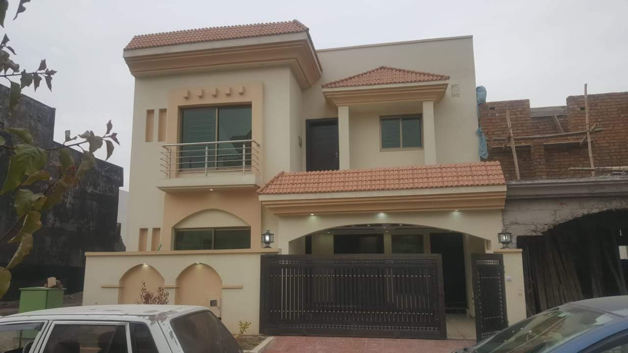 Bahria Town Safari Valley 8 Marla Brand New House For Sale in Umer Block Bahria Town Rawalpindi