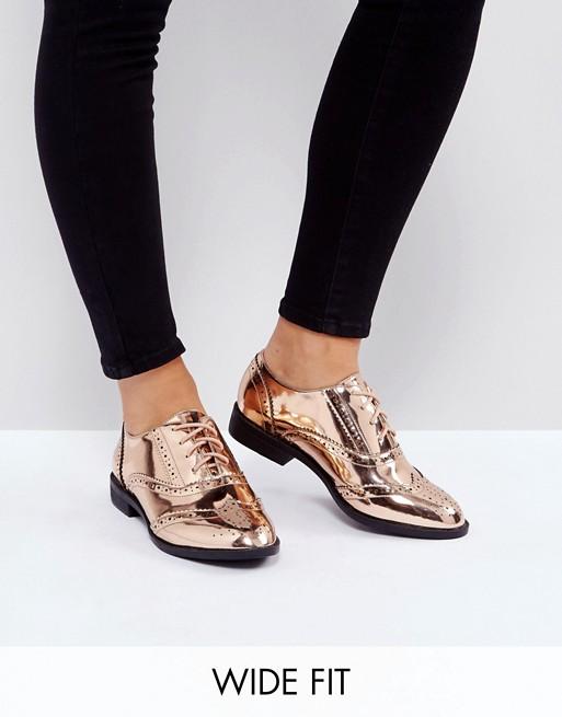 Size 9+ shoes