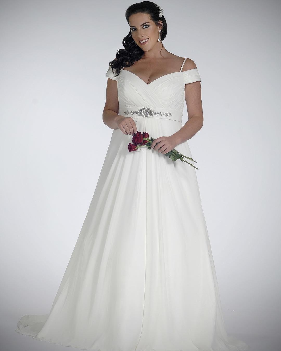 16051cbec2269 Plus Size Wedding Dress Shopping - She Might Be Magazine