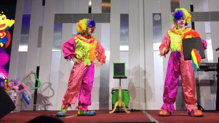 小丑 表演